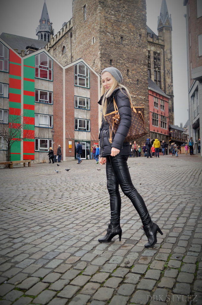 Leather3
