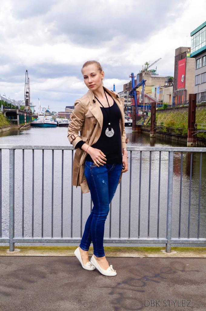 Trenchcoat Esprit Klerovski Outfit 2