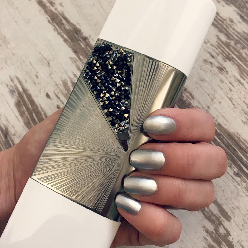 nail_polish_techno_chrome_beauty_dbkstylez