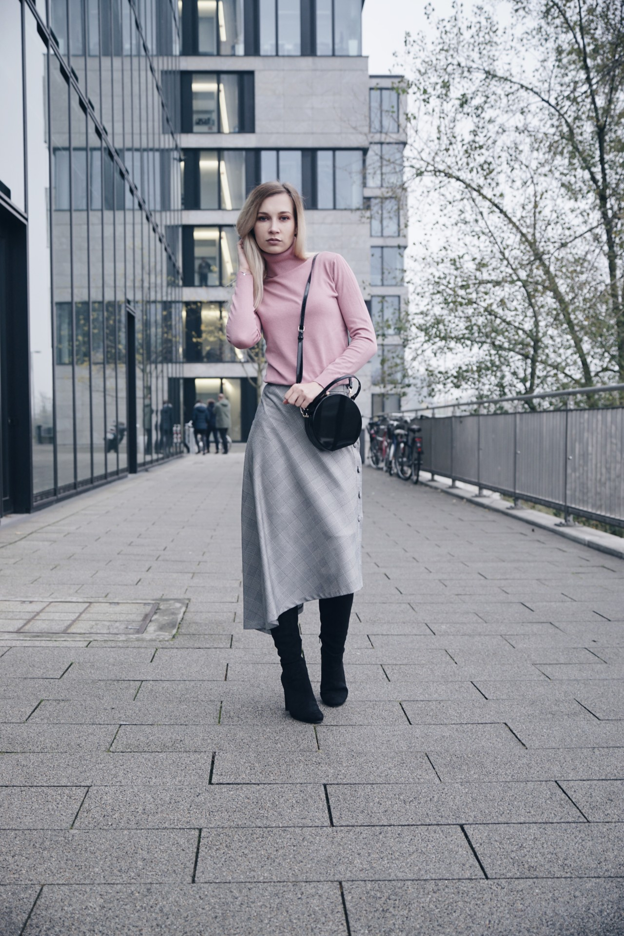 dbkstylez_zara_streetstyle_overknees_fashionblog_karo
