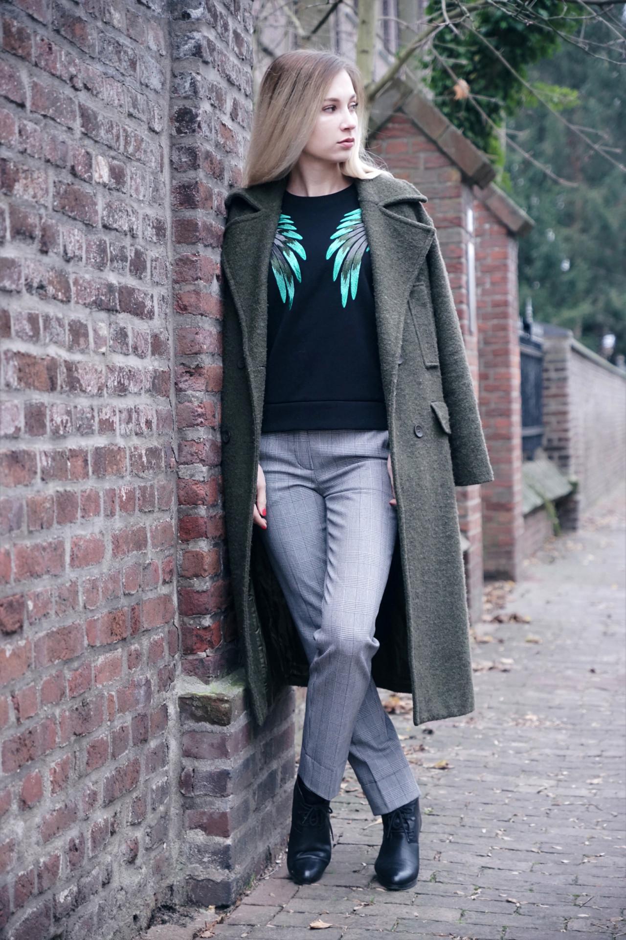 oversized_coat_dbkstylez_wintertrends_style_plaid_pants
