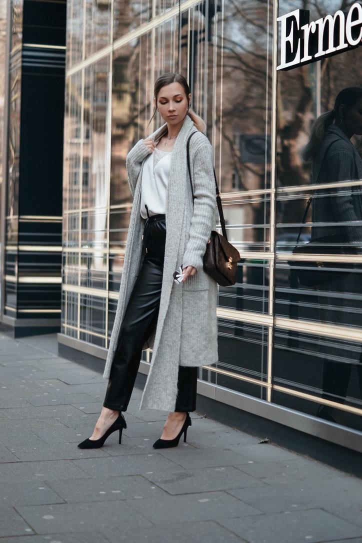 dbkstylez_fashion_trends_stilberatung_influencer_leather_pants_cardigan