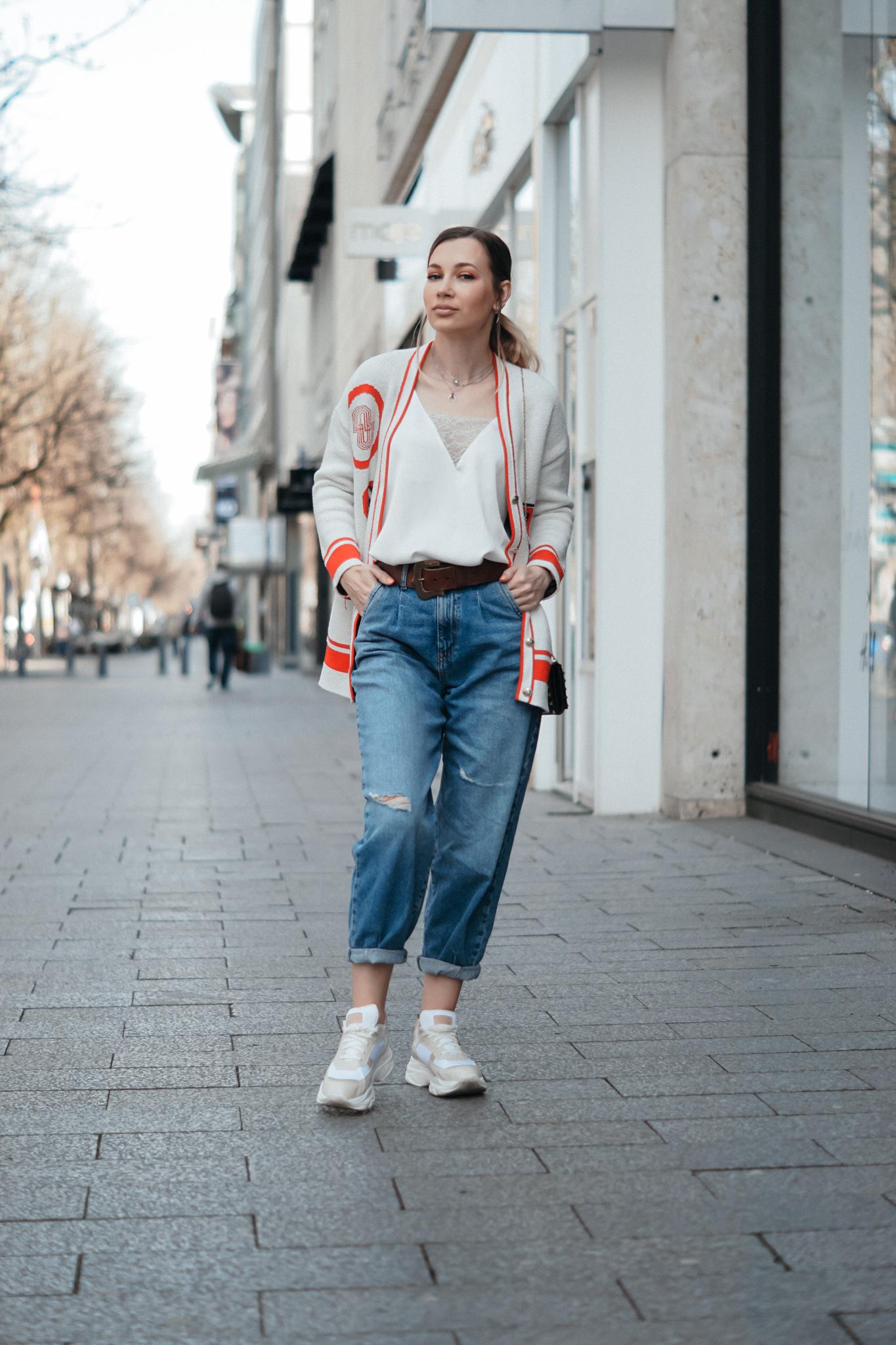 dbkstylez_cardigan_maje_slouchy_jeans_chunky_sneakers
