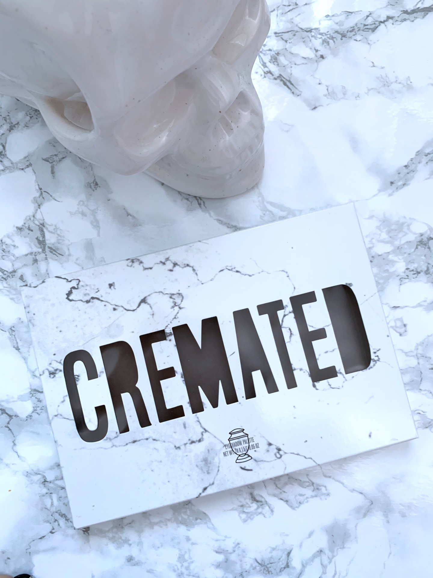 dbkstylez_cremated_eyeshadow_palette_jeffree_star_cosmetics