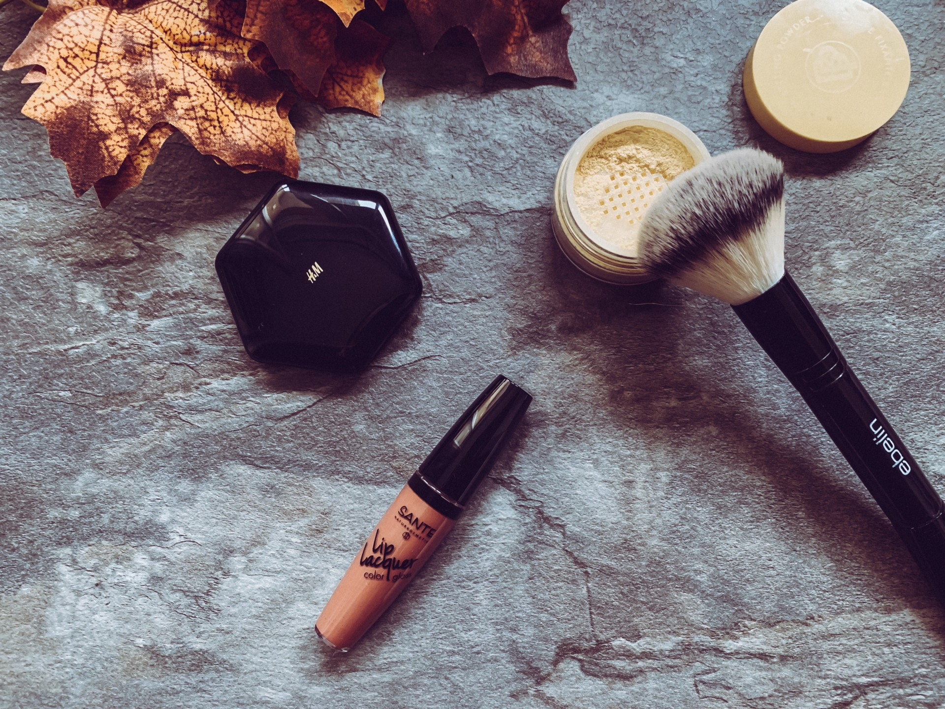 dbkstylez_instyle_box_fall_edition_19_beauty_flatlay