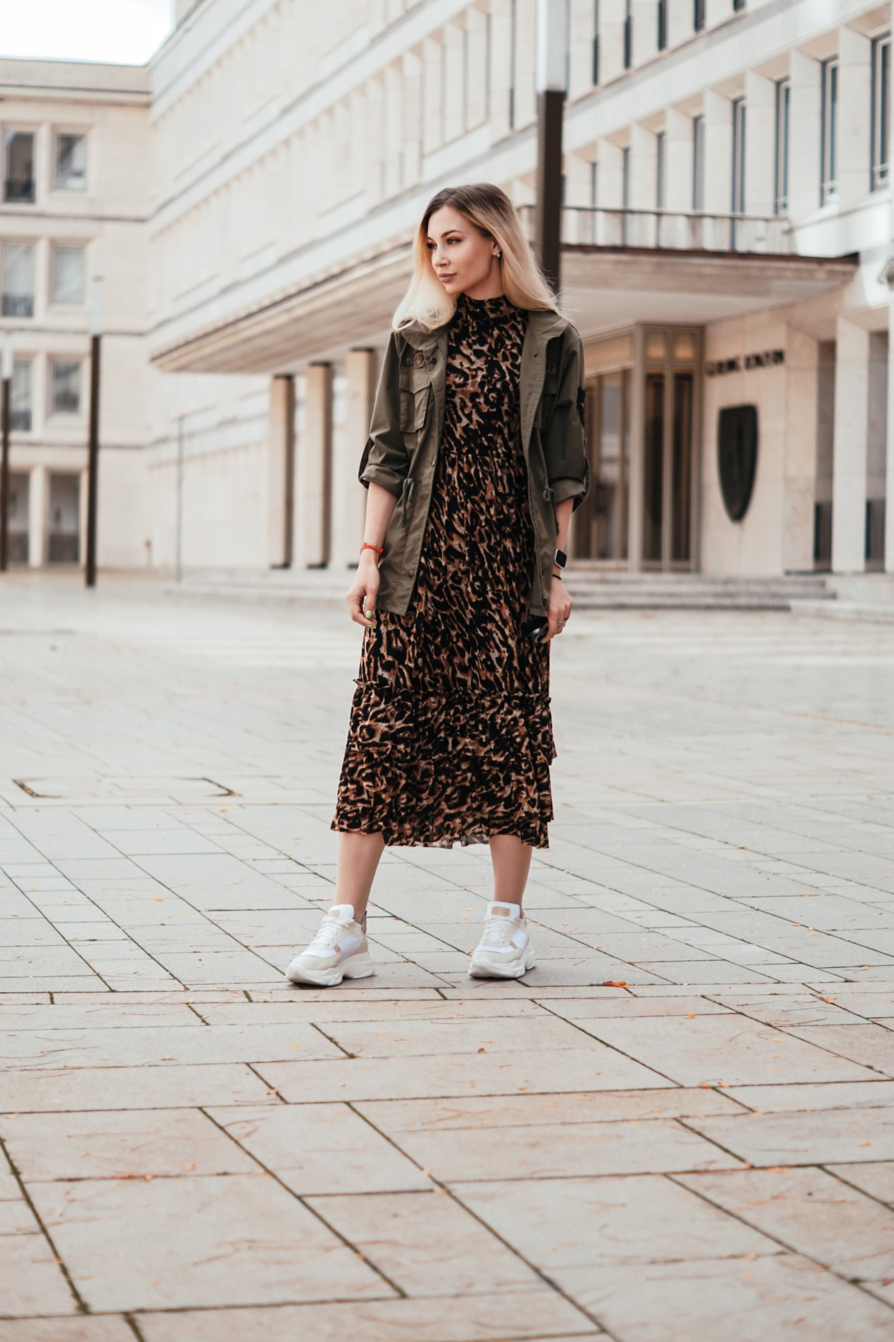 dbkstylez_leopard_print_chunky_sneakers_fashion_tips_outfits